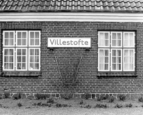 Paarup lokalhistoriske arkiv© - Den gamle stations bygning i Villestofte